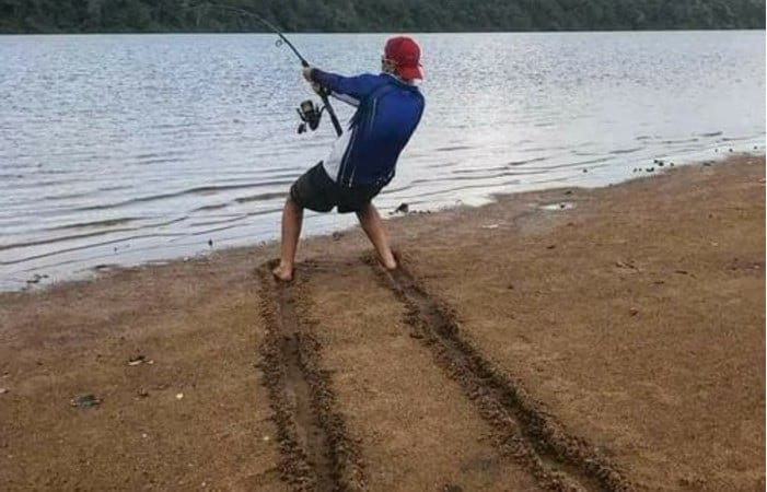 Hilariously Whimsical Fishing Moments That Pop Out On The Internet